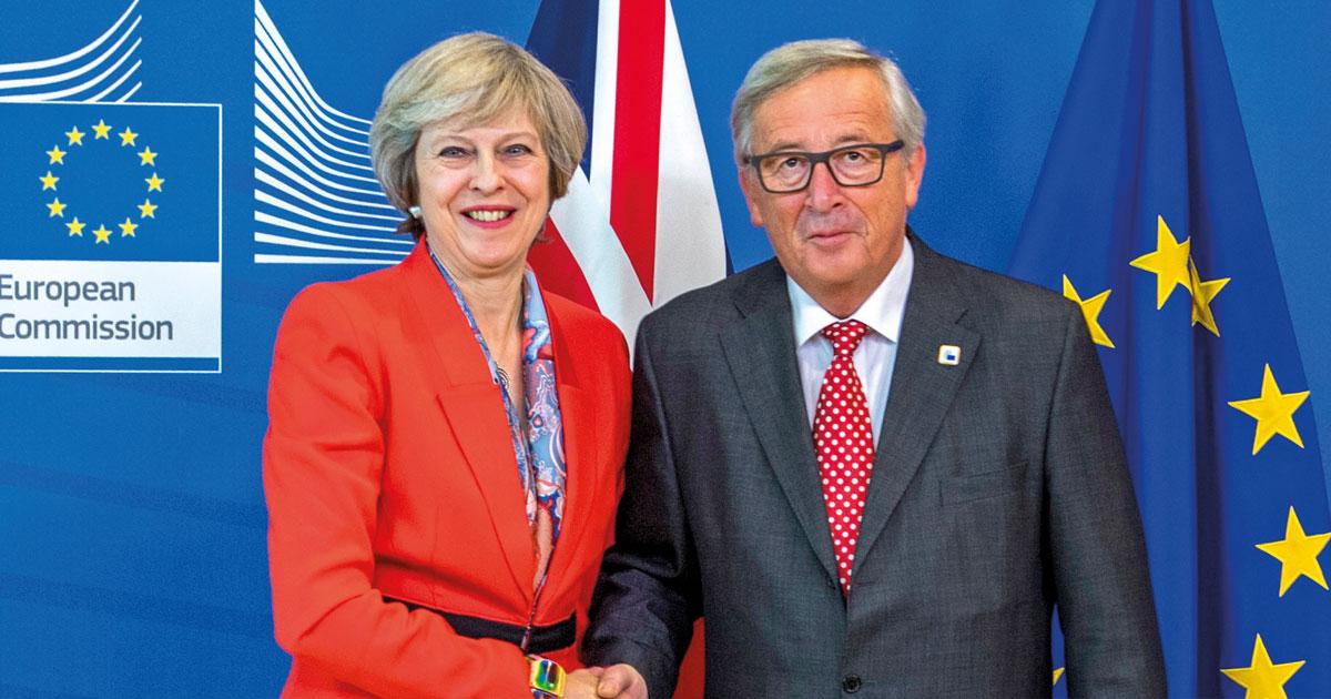 La PM, Theresa May et le président de la Commission européenne, Jean-Claude Juncker
