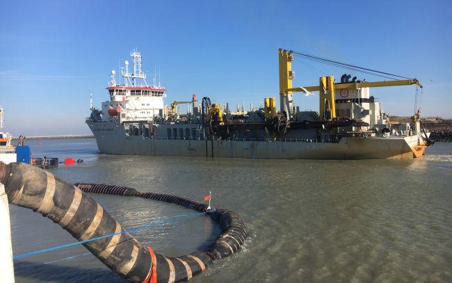 Le dragueur à trémie Alexander Von Humboldt est le premier à naviguer 2000 heures sur du biocarburant marin 100% durable