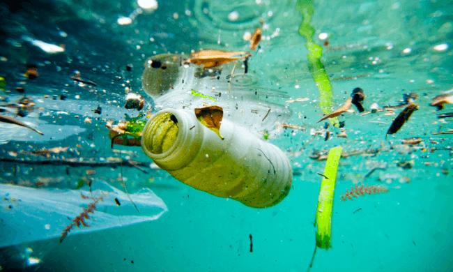 océan en plastique