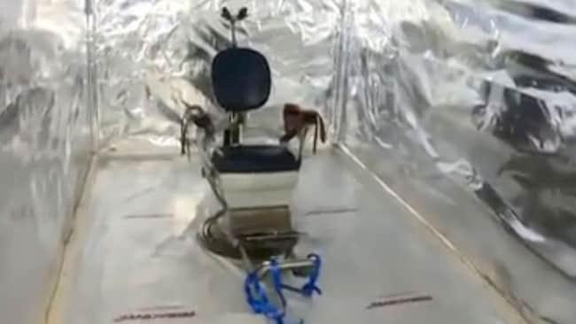 Découverte d'une chambre de torture dans des conteneurs d'expédition; 6 suspects arrêtés