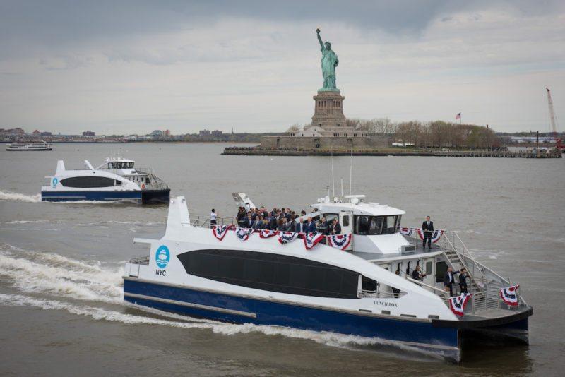 Le premier ferry de New York