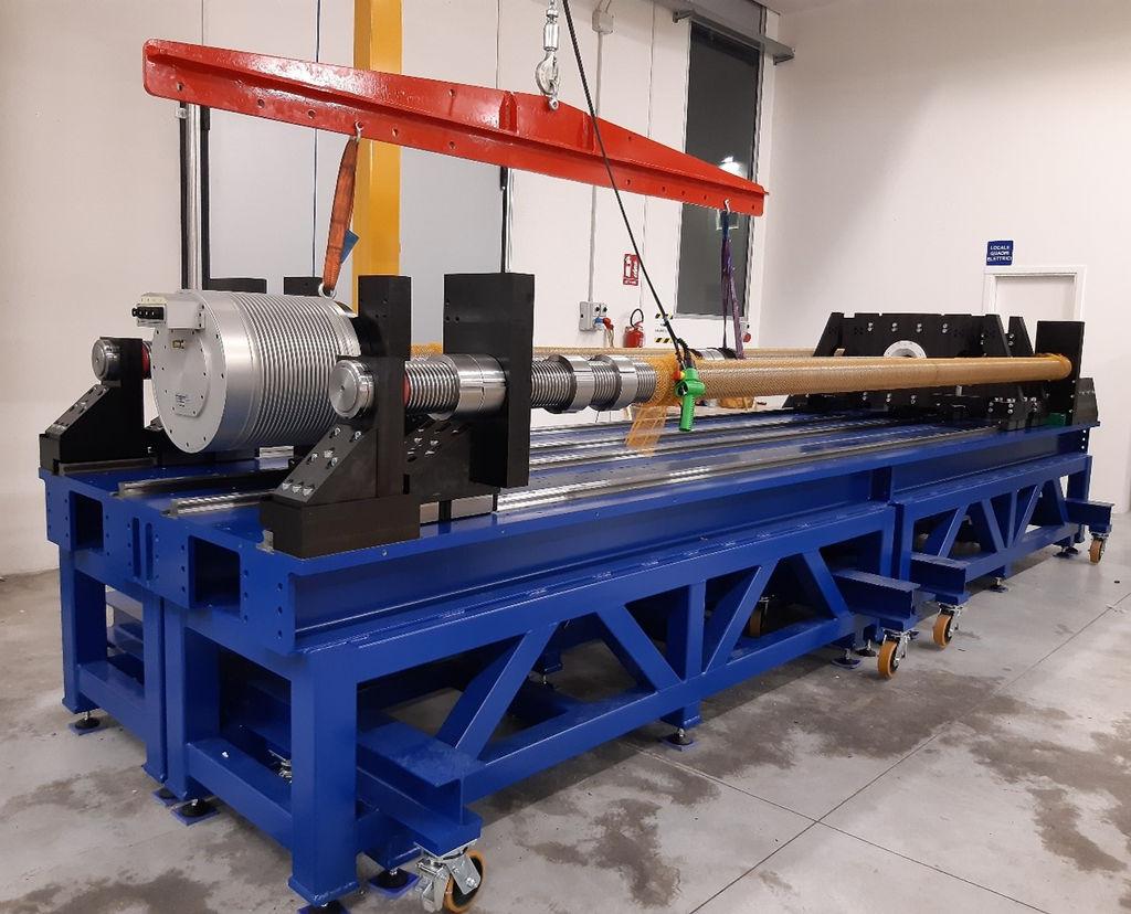 Photo montrant le banc d'essai IMAGINE et le montage du prototype EMG dans l'installation VGA (avec l'aimable autorisation d'IMAGINE)